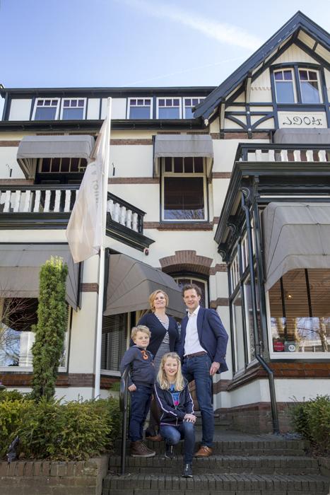 ©Zenzez Hotel & Lounge, Petra, Douwe, Lara en Stijn Bangma  -  foto:www.paulinejoosten.nl